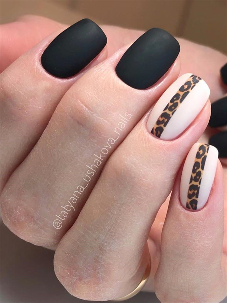 Black nail art has become one of the hottest looks in nails. We have found 40 edgy black nails designs ideas include french nails, square, round. Balck nail would be perfect for a any occasion.  #blacknails #nailart #nails