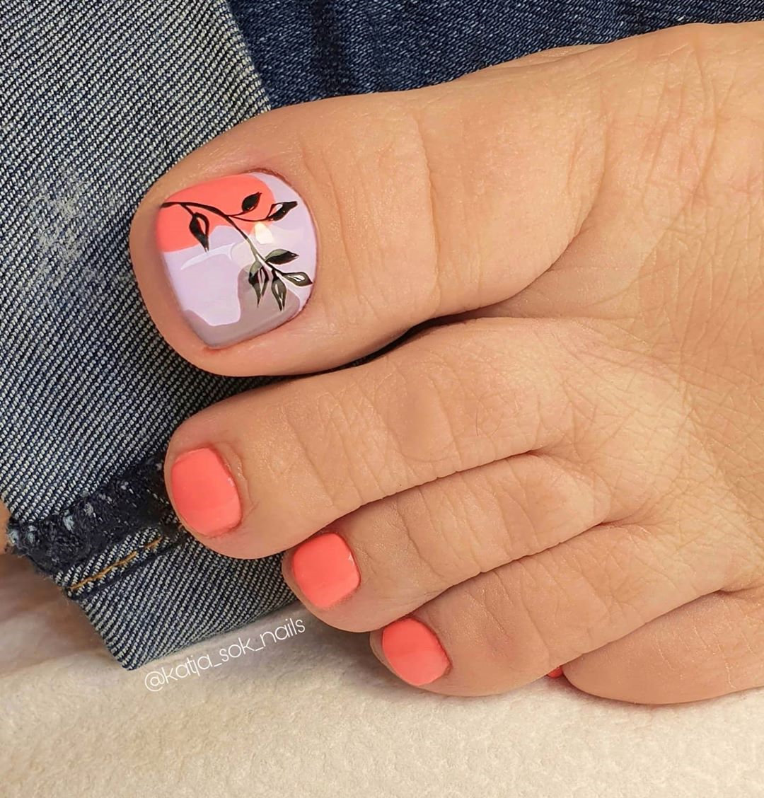 Longing for toe nail art designs? Which pedicure toe nail colors looks more fashion? Today we have 50 cute toe nail art ideas for summer. you will find the best toe nail art design and color. #toenails #summernails #nailideas
